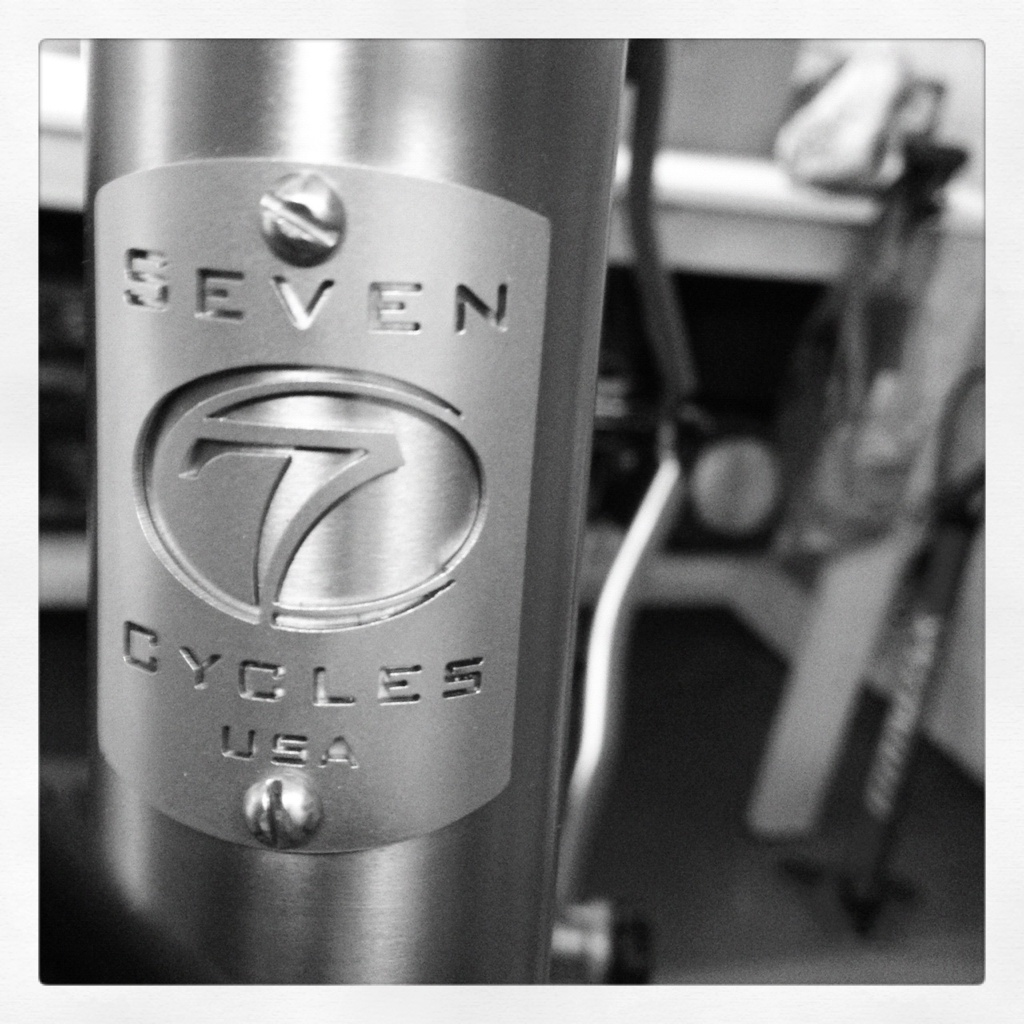 Seven Cycles Axiom S Head Badge